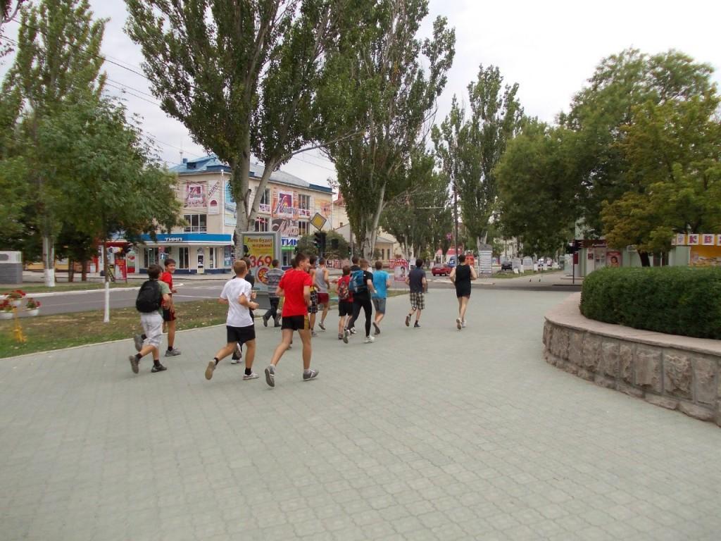 ПРИДНЕСТРОВСКАЯ ПРОБЕЖКА (12.08.2012 ) - все бегут и я бегу