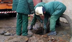 ochistka-kanalizacionnyh-kolodcev