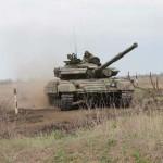 В ПМР прошли плановые учения танкистов
