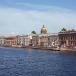 Из Молдовы в Россию: жилье на один день в городе на Неве